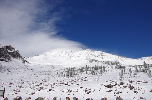 雪のMt. Shasta