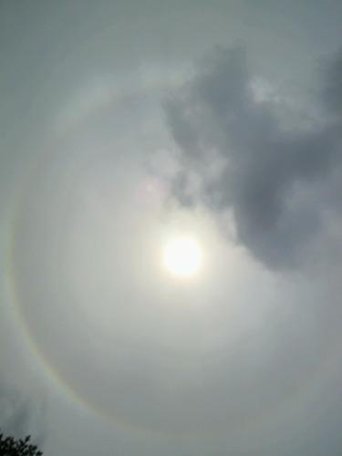 太陽の周りの虹 2011年5月31日