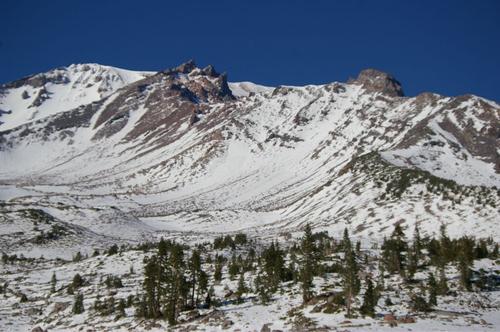 雪のシャスタ山 2011.10.8